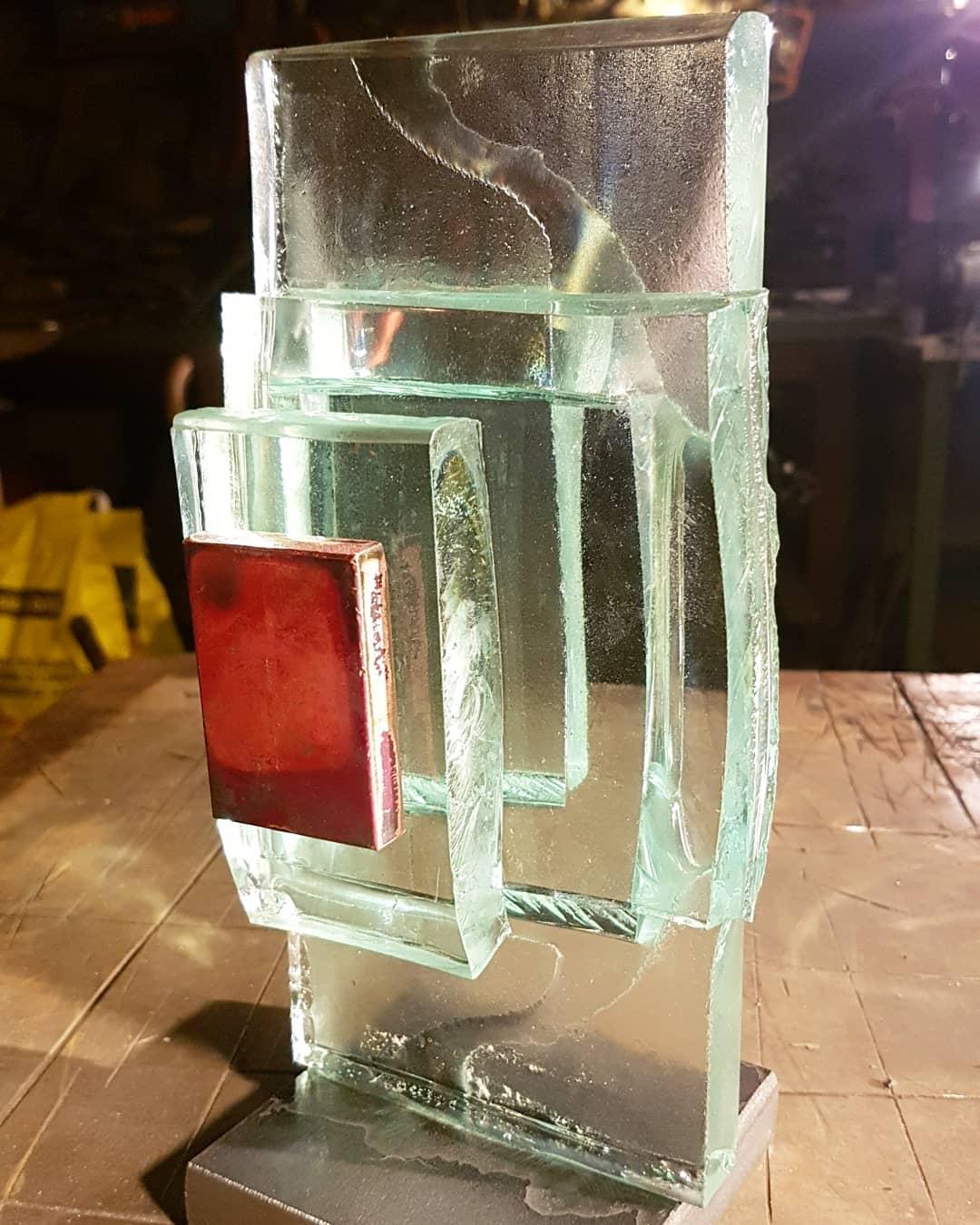 Sculpture acier et verre métal et verre paul estier artiste genève lausanne neuchatel yverdon (15)